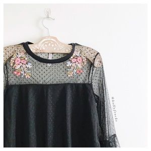 Xhilaration ∙ Floral Embroidered Mesh Top